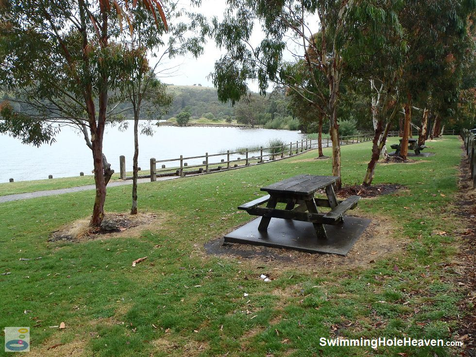 The picnic area near the pier at Lake Narracan